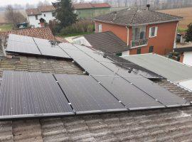 Impianto fotovoltaico 4,93 kWp Cremona tecnologia vetro-vetro ultima generazione