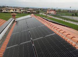 Impianto fotovoltaico 5,0 kWp Desenzano del Garda (BS) vetro-vetro ultima generazione